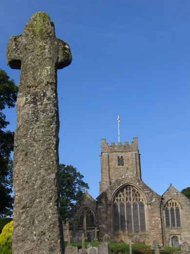 Cross and Church of The Archangel Michael, Chagford
