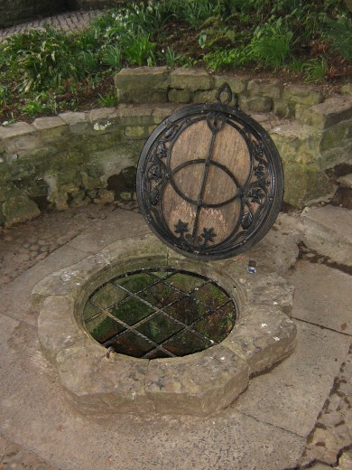 Well head , Chalice well