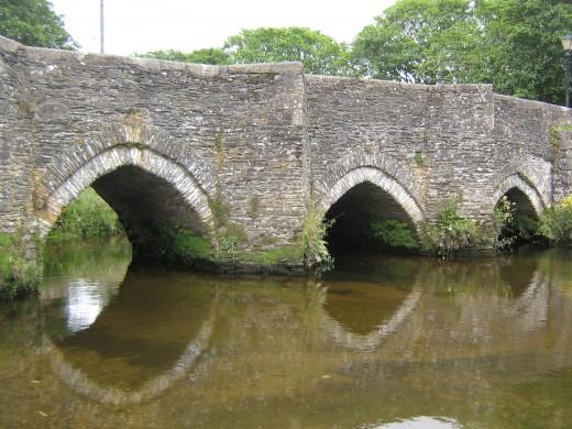 Lostwithiel Bridge, ancient crossing over Fowey River