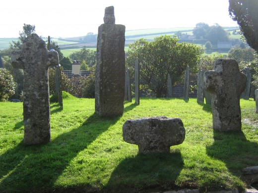 St Neot stone and wayside crosses
