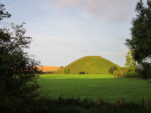 Silbury Hill early morning